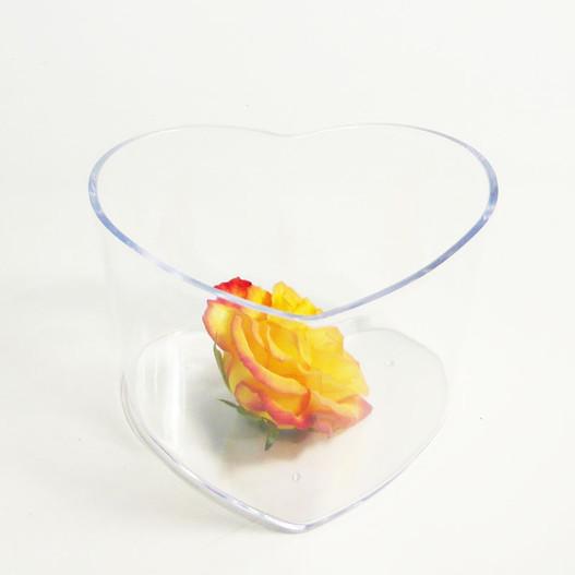vase plexiglas forme coeur cristal mat riel d 39 art floral et conseils pour la d coration florale. Black Bedroom Furniture Sets. Home Design Ideas