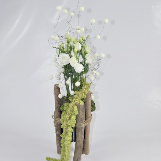 Bois et design mat riel d 39 art floral et conseils pour la for Vase avec bois flotte