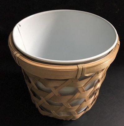 Contenant Zinc dans cache pot Bambou