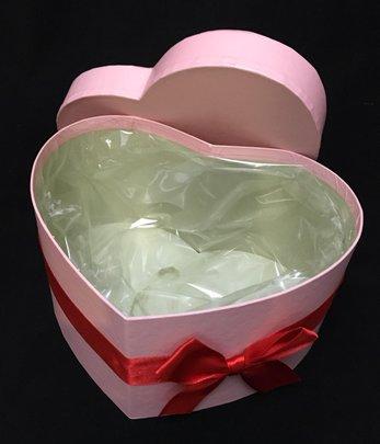 Boite à Chapeau forme Coeur.